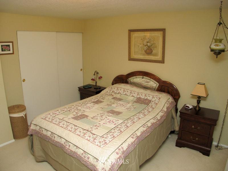 Sold Property | 1703 N 160th Street Shoreline, WA 98133 6
