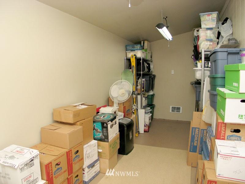 Sold Property | 1703 N 160th Street Shoreline, WA 98133 12