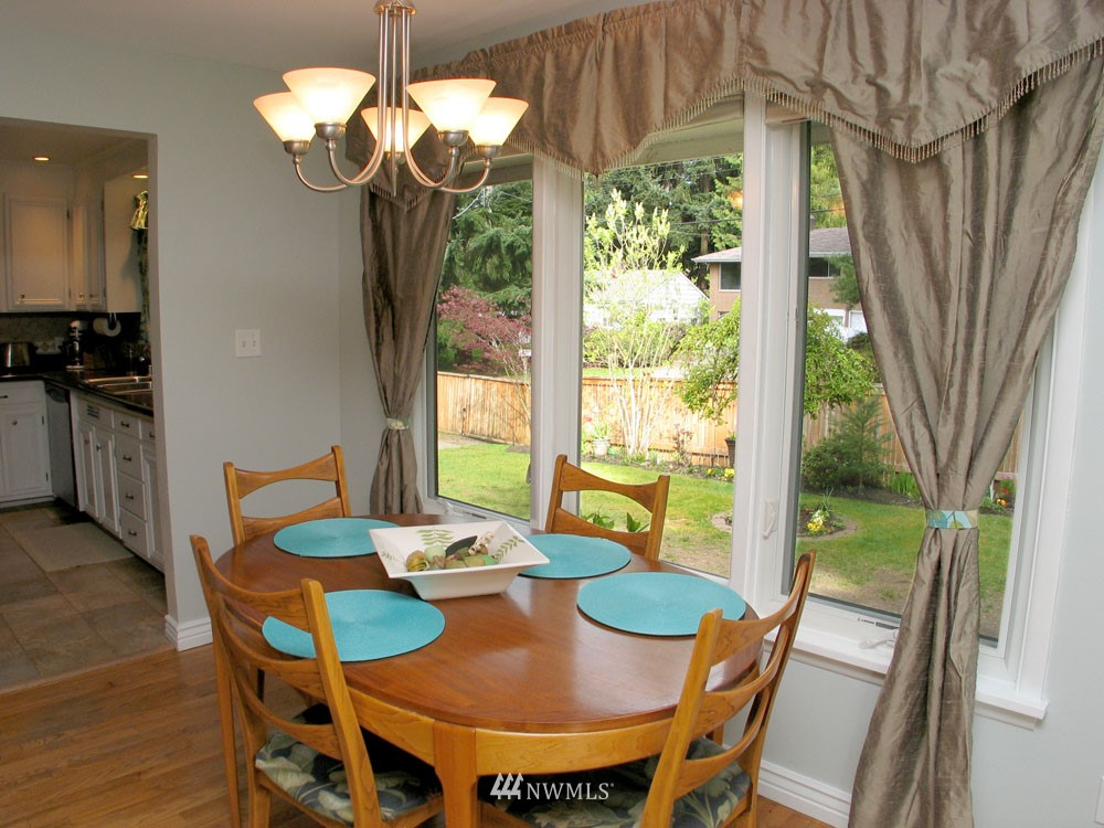 Sold Property | 13563 23rd Avenue NE Seattle, WA 98125 3