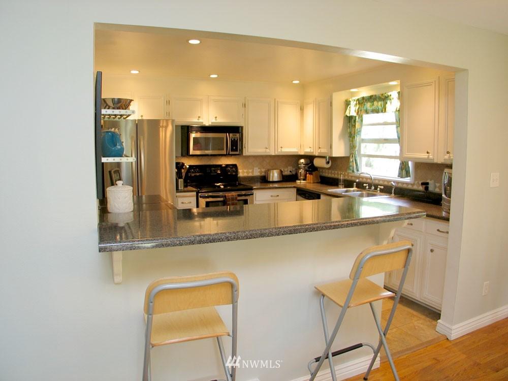 Sold Property | 13563 23rd Avenue NE Seattle, WA 98125 4