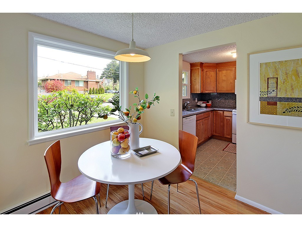 Sold Property   1475 NW 77th Street Seattle, WA 98117 3