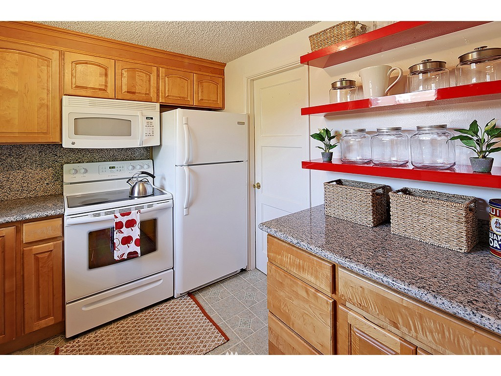 Sold Property   1475 NW 77th Street Seattle, WA 98117 5