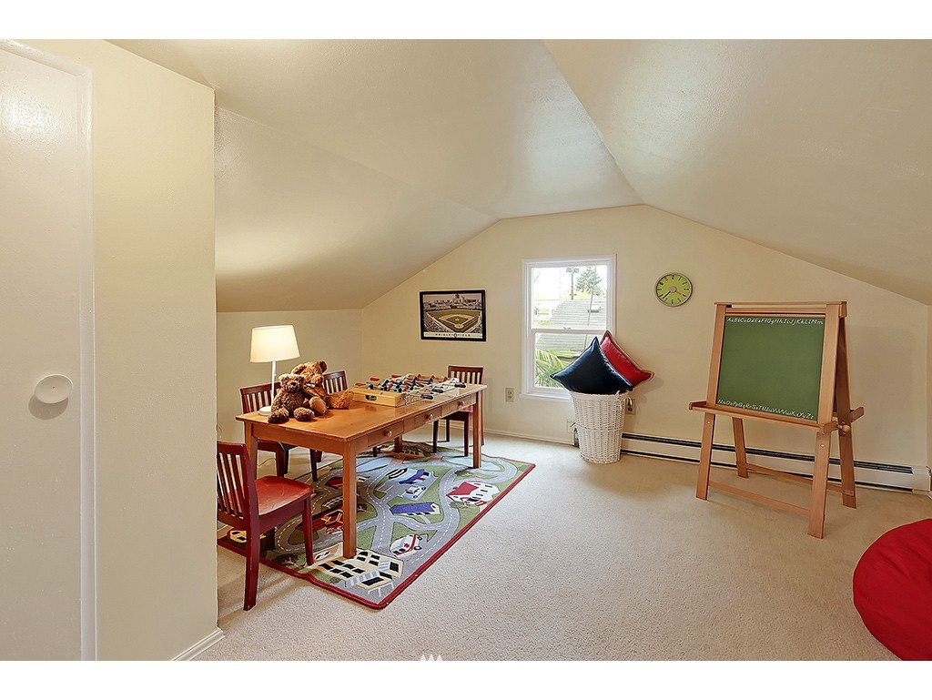 Sold Property   1475 NW 77th Street Seattle, WA 98117 10