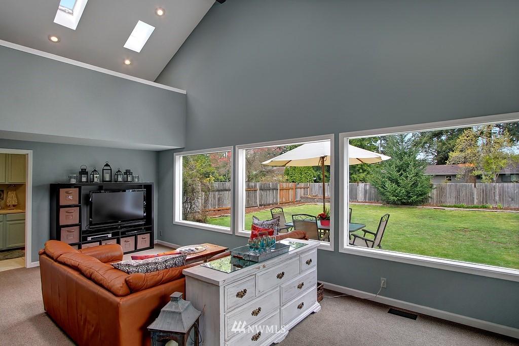 Sold Property | 8616 NE 139th Street Kirkland, WA 98034 6