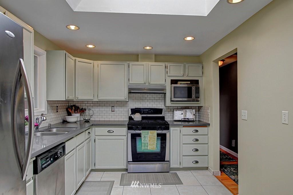 Sold Property | 8616 NE 139th Street Kirkland, WA 98034 4