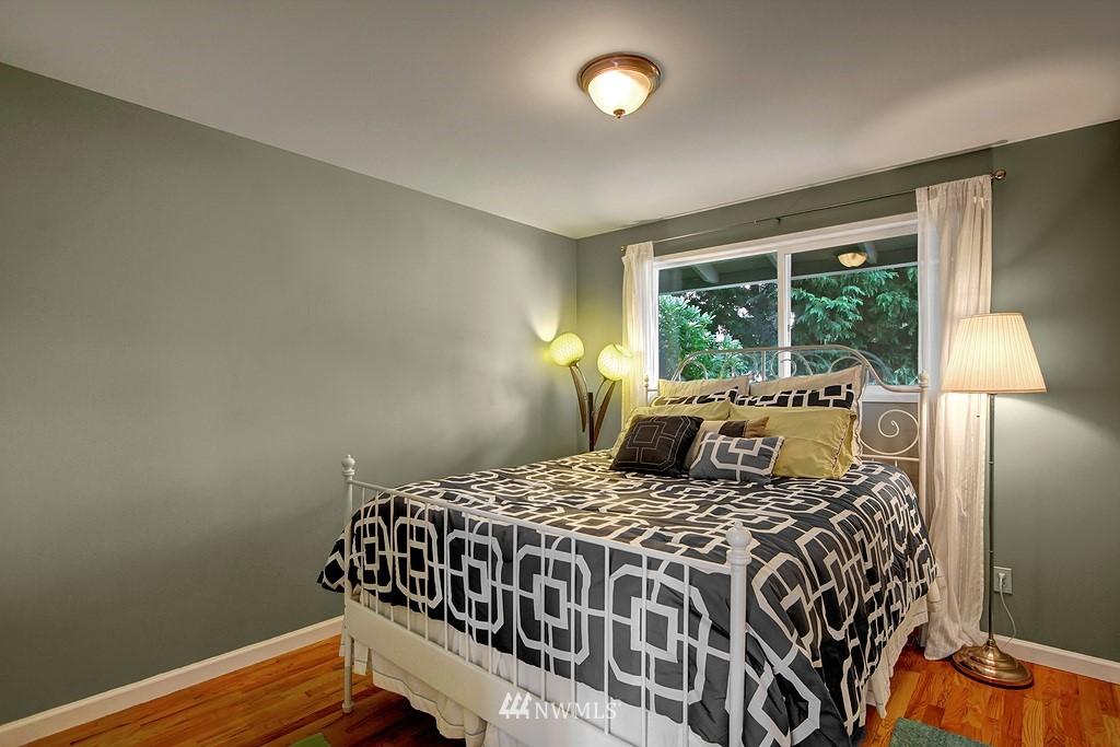 Sold Property | 8616 NE 139th Street Kirkland, WA 98034 10