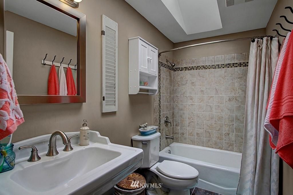 Sold Property | 8616 NE 139th Street Kirkland, WA 98034 9