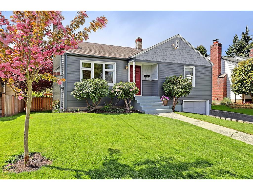 Sold Property | 12033 Dayton Avenue N Seattle, WA 98133 0