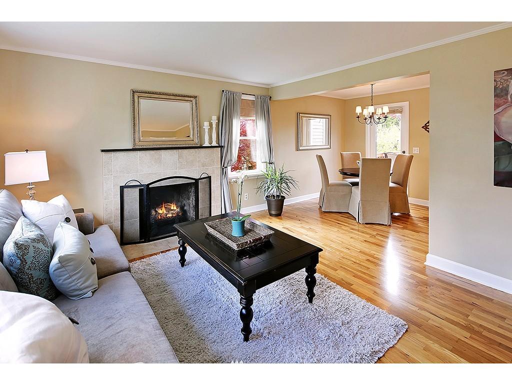 Sold Property | 12033 Dayton Avenue N Seattle, WA 98133 1