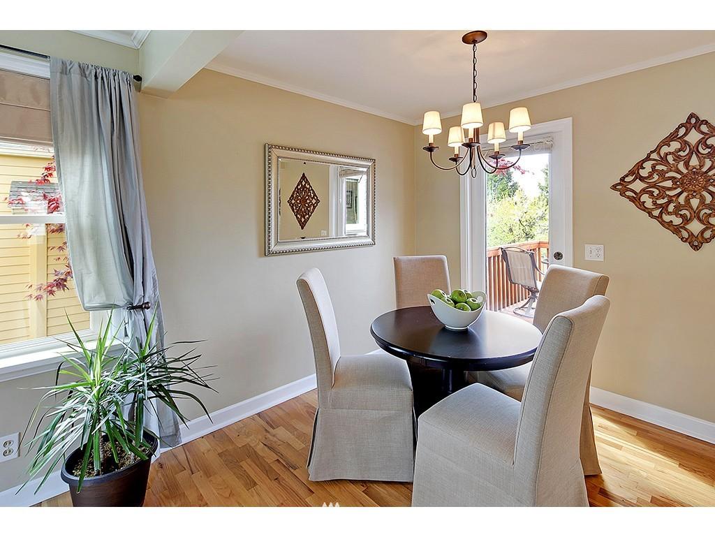 Sold Property | 12033 Dayton Avenue N Seattle, WA 98133 4