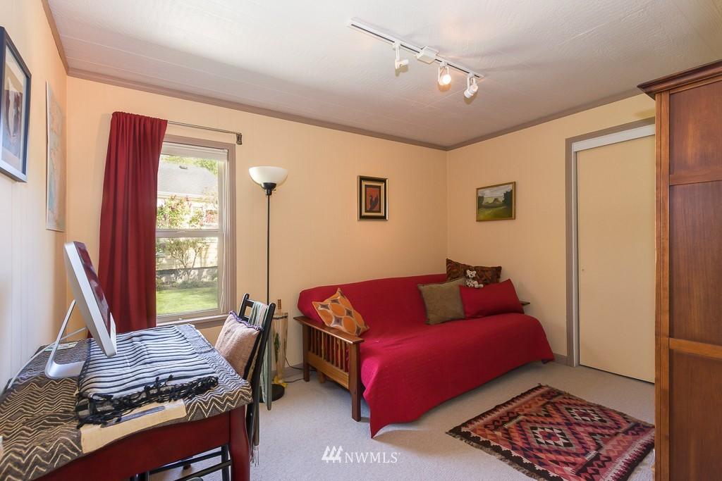 Sold Property | 7736 22nd Avenue NE Seattle, WA 98115 8