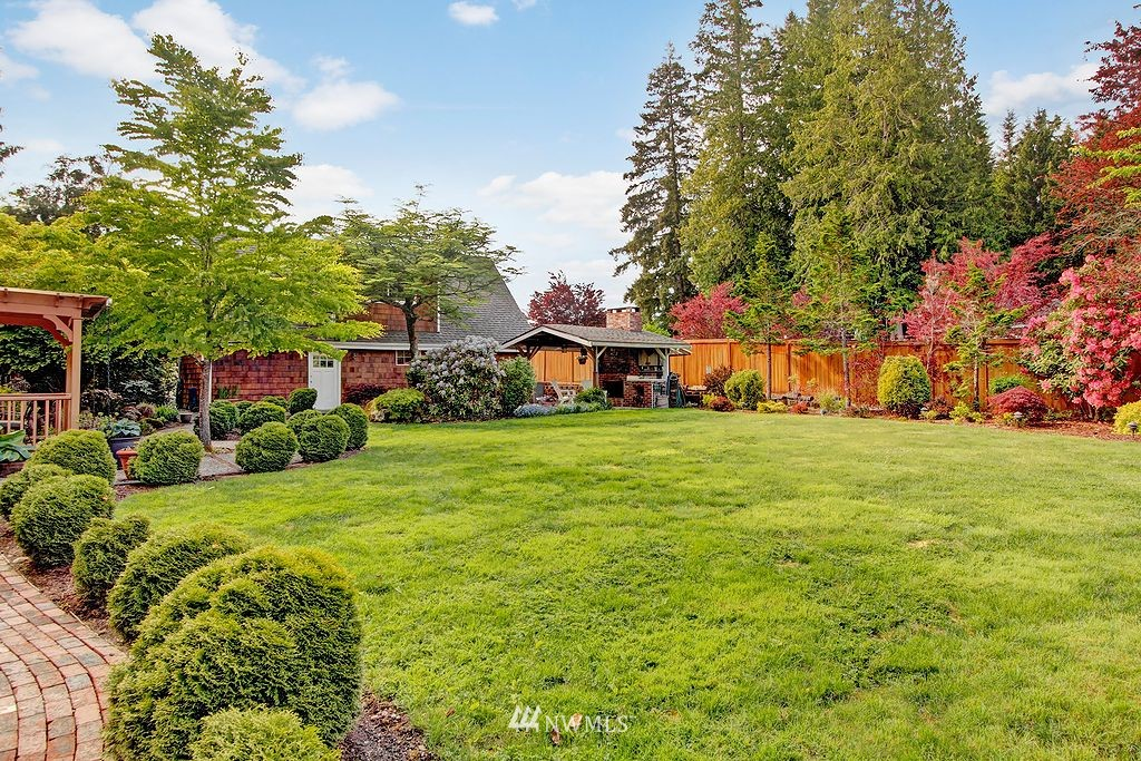 Sold Property | 21425 35th Avenue SE Bothell, WA 98021 2
