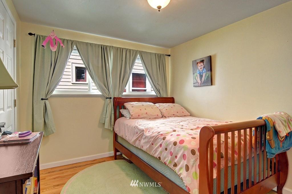Sold Property | 5547 38th Avenue NE Seattle, WA 98105 10