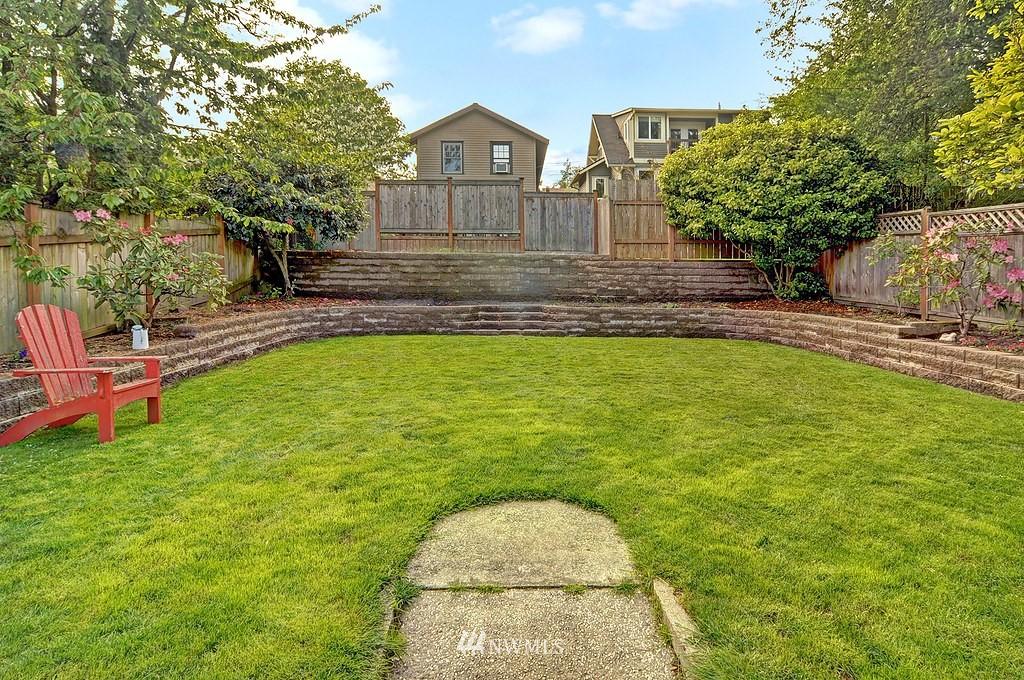 Sold Property | 5547 38th Avenue NE Seattle, WA 98105 16
