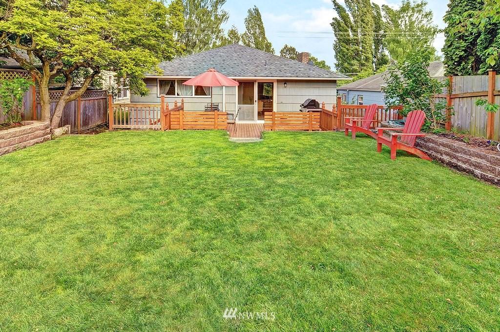 Sold Property | 5547 38th Avenue NE Seattle, WA 98105 17