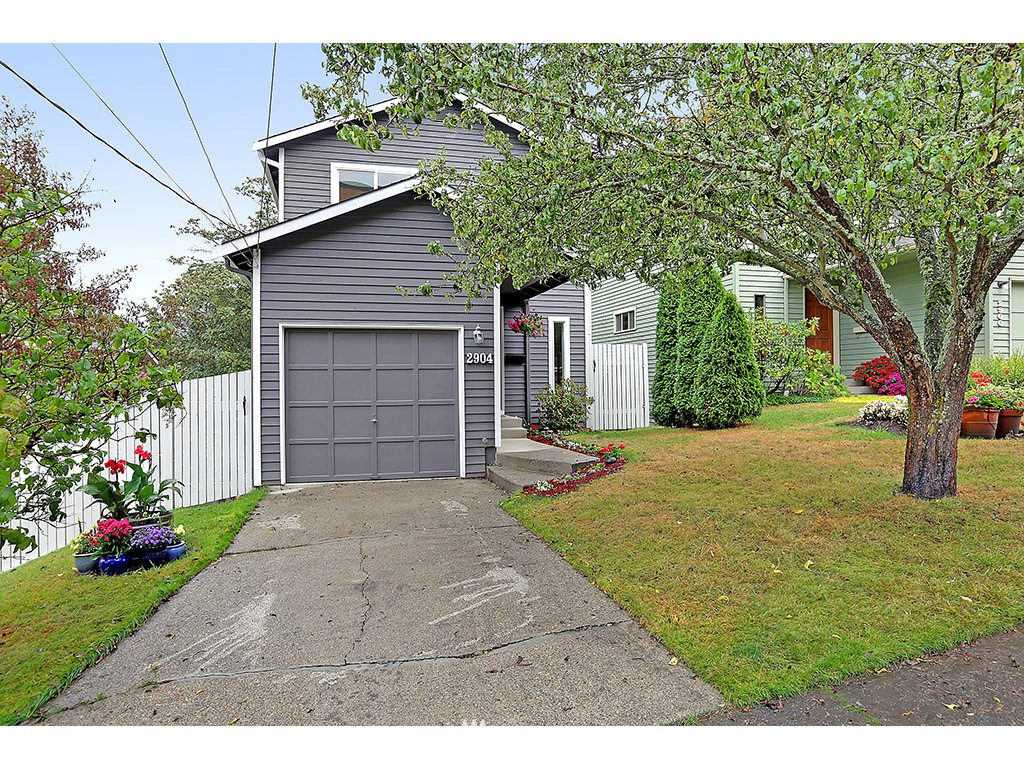 Sold Property | 2904 4th Avenue W Seattle, WA 98119 1