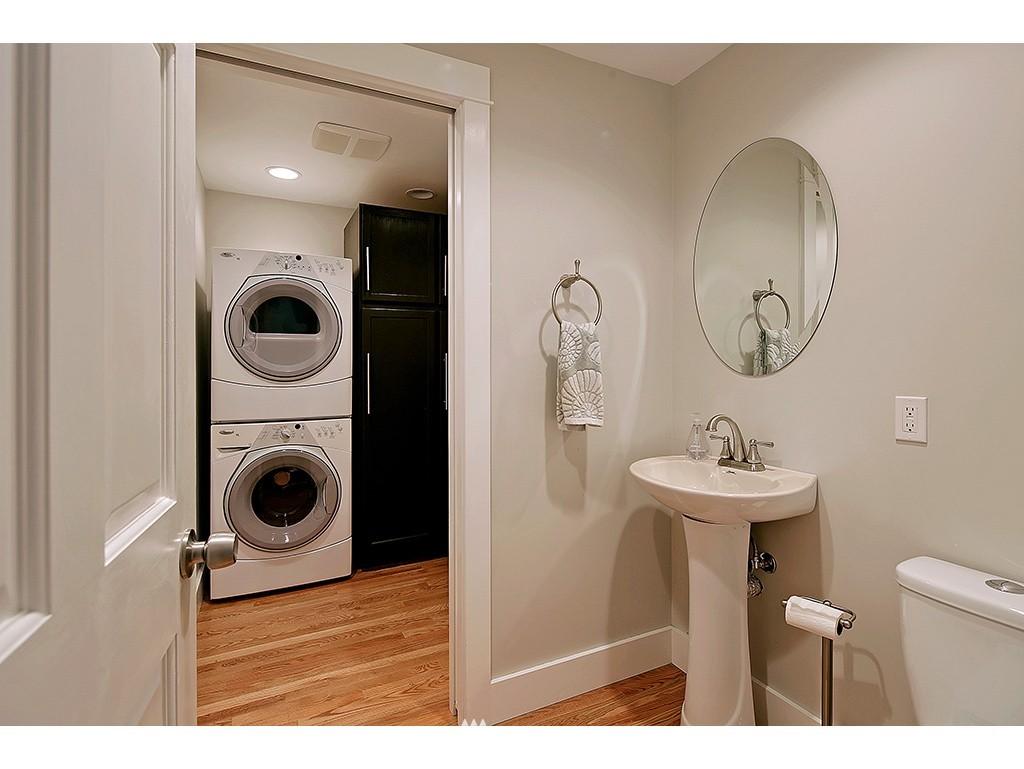 Sold Property | 2904 4th Avenue W Seattle, WA 98119 9