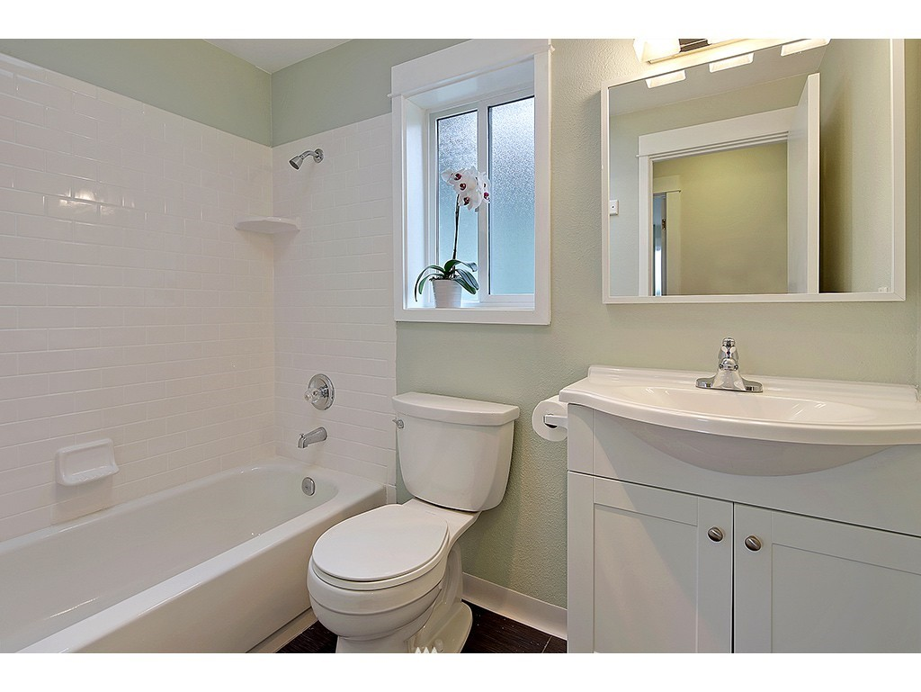 Sold Property | 2904 4th Avenue W Seattle, WA 98119 14