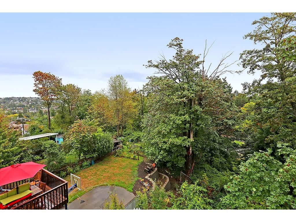 Sold Property | 2904 4th Avenue W Seattle, WA 98119 18