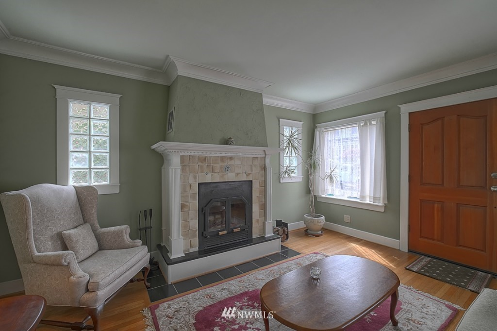 Sold Property | 6054 5th  Avenue NE Seattle, WA 98115 1