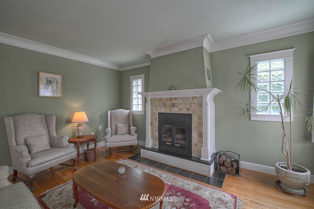 Sold Property | 6054 5th  Avenue NE Seattle, WA 98115 2