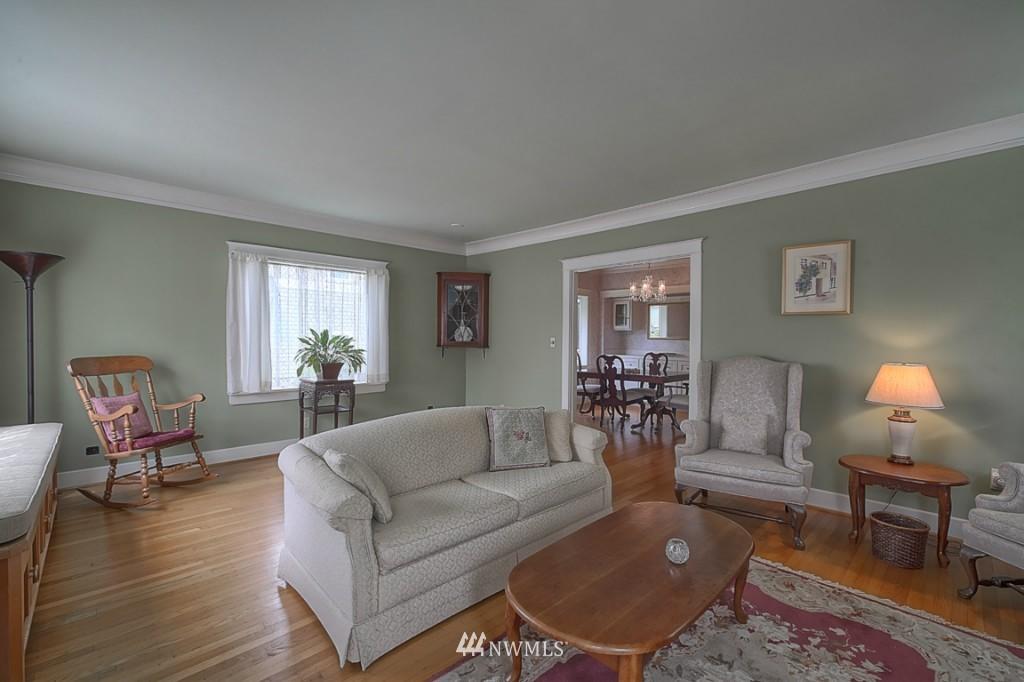 Sold Property | 6054 5th  Avenue NE Seattle, WA 98115 3