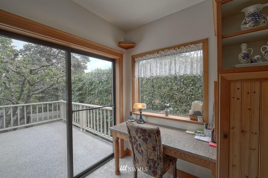 Sold Property | 6054 5th  Avenue NE Seattle, WA 98115 8