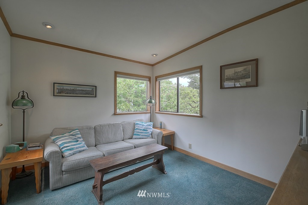 Sold Property | 6054 5th  Avenue NE Seattle, WA 98115 9