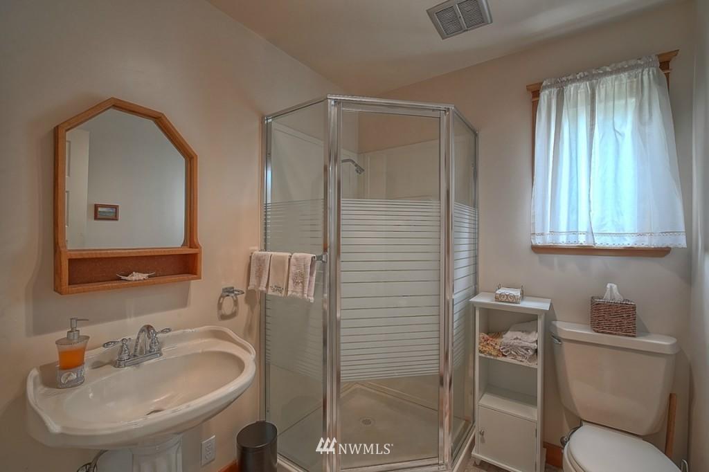 Sold Property | 6054 5th  Avenue NE Seattle, WA 98115 11