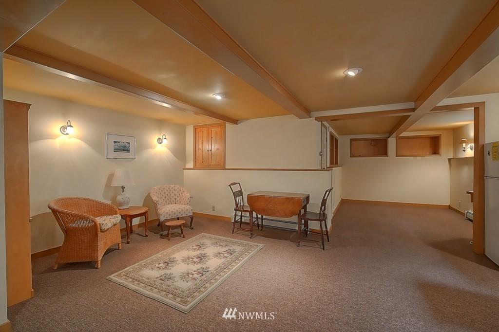 Sold Property | 6054 5th  Avenue NE Seattle, WA 98115 17