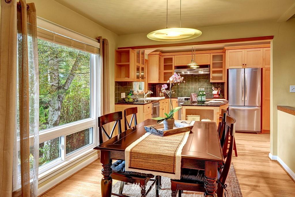 Sold Property | 4519 Stanford Avenue NE Seattle, WA 98105 5