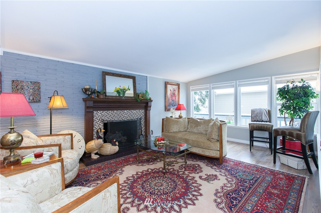 Sold Property   1207 NE 168th Street Shoreline, WA 98155 1