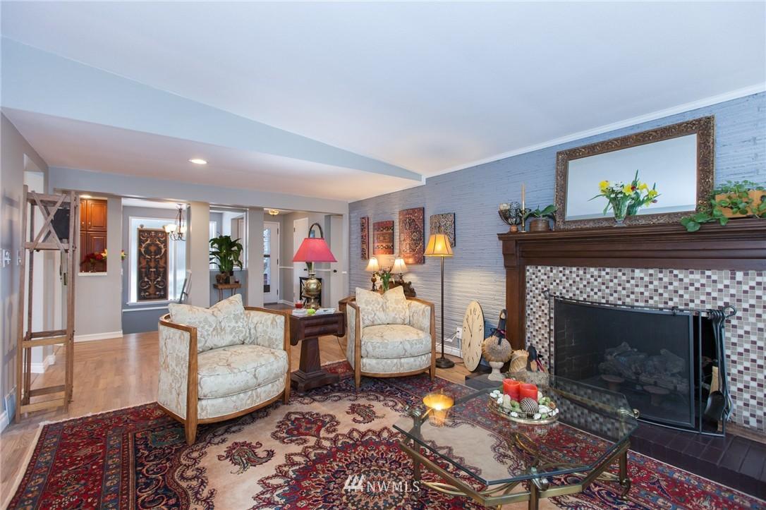 Sold Property   1207 NE 168th Street Shoreline, WA 98155 3
