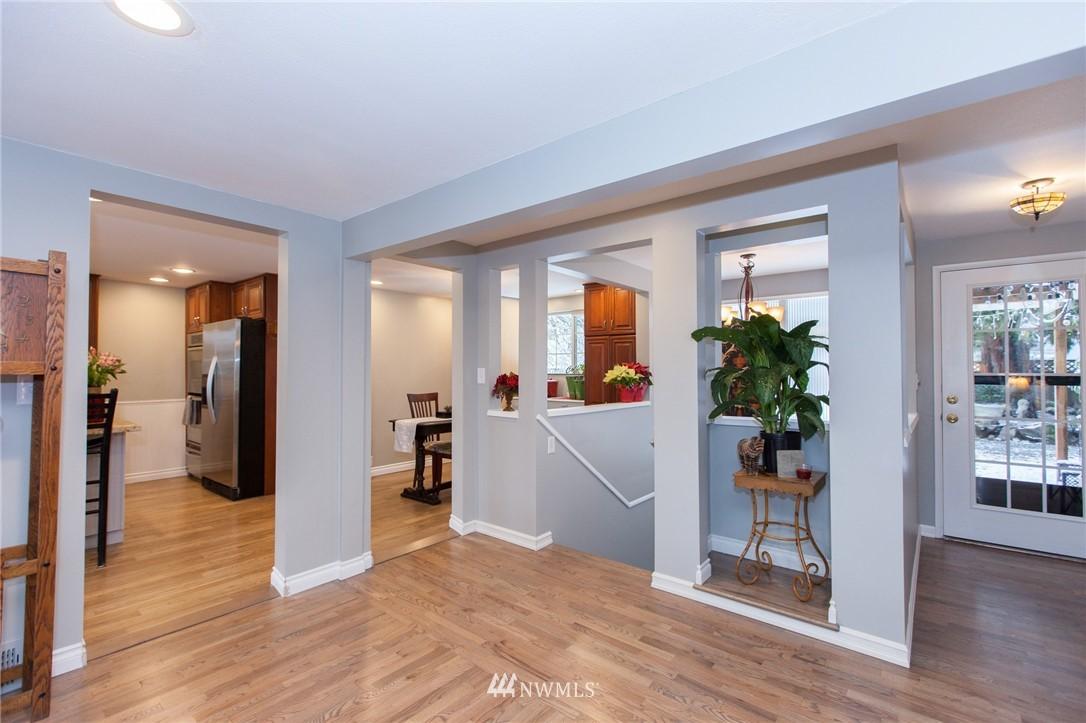 Sold Property   1207 NE 168th Street Shoreline, WA 98155 4