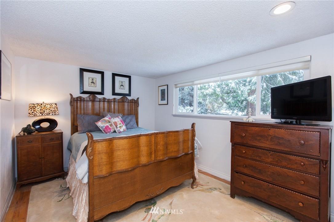 Sold Property   1207 NE 168th Street Shoreline, WA 98155 14