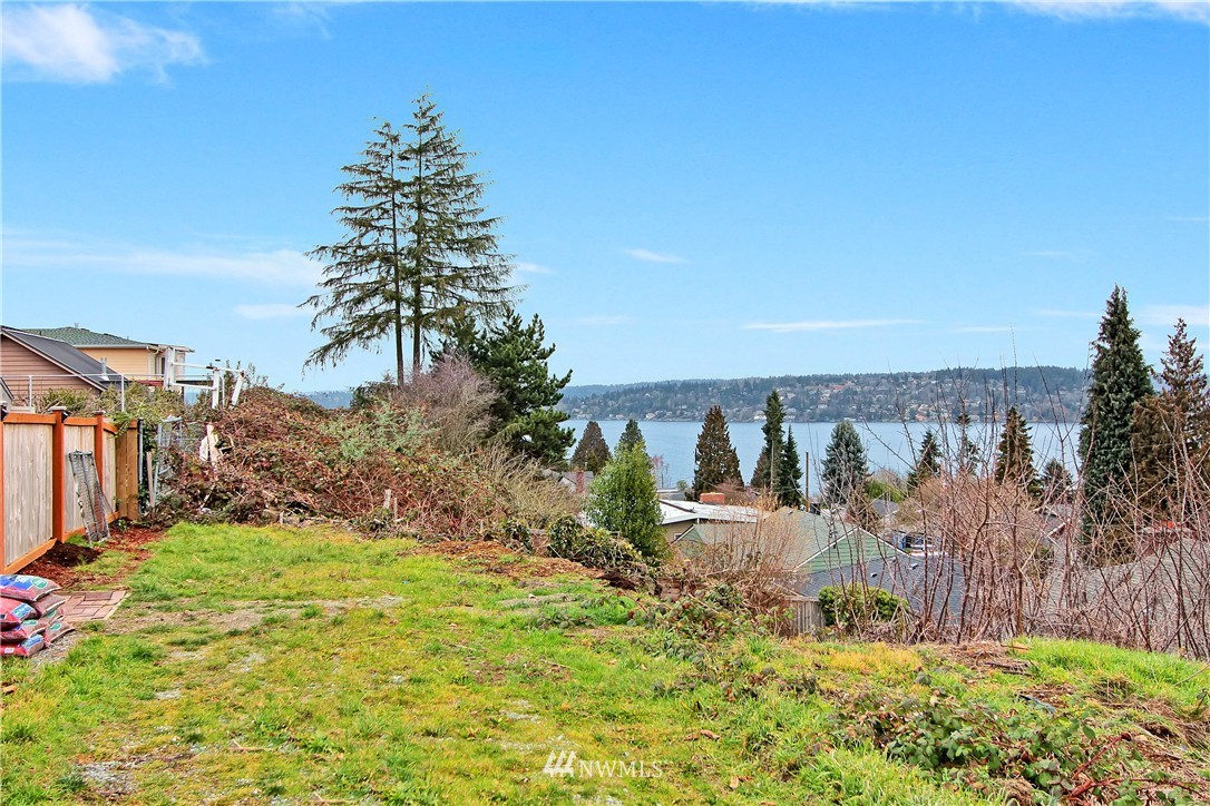 Sold Property | 10430 65th Avenue S Seattle, WA 98178 23