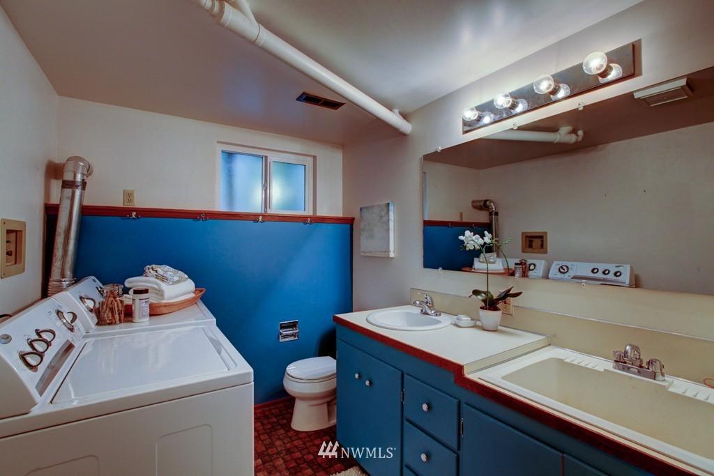 Sold Property   2857 23rd Avenue W Seattle, WA 98199 15