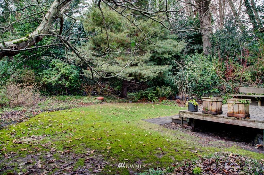 Sold Property   2857 23rd Avenue W Seattle, WA 98199 18