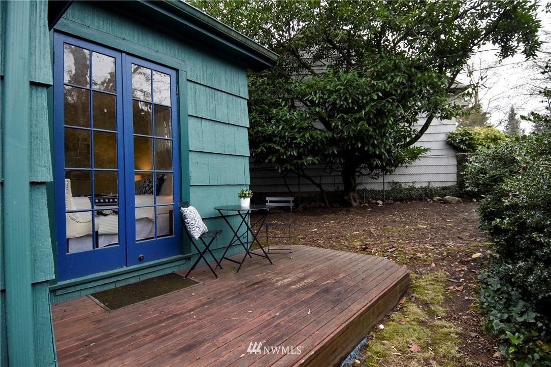 Sold Property | 6514 2nd Avenue NE Seattle, WA 98115 1
