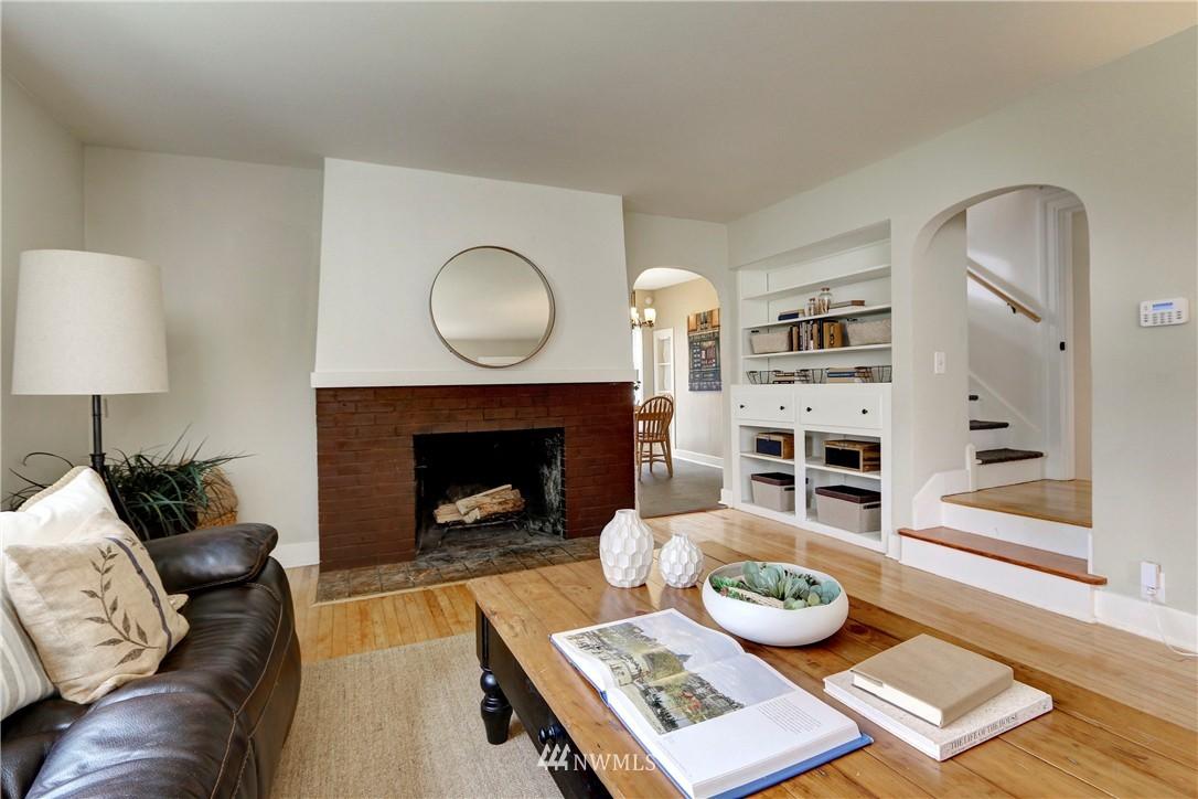 Sold Property   2203 NE 170th Street Shoreline, WA 98155 1
