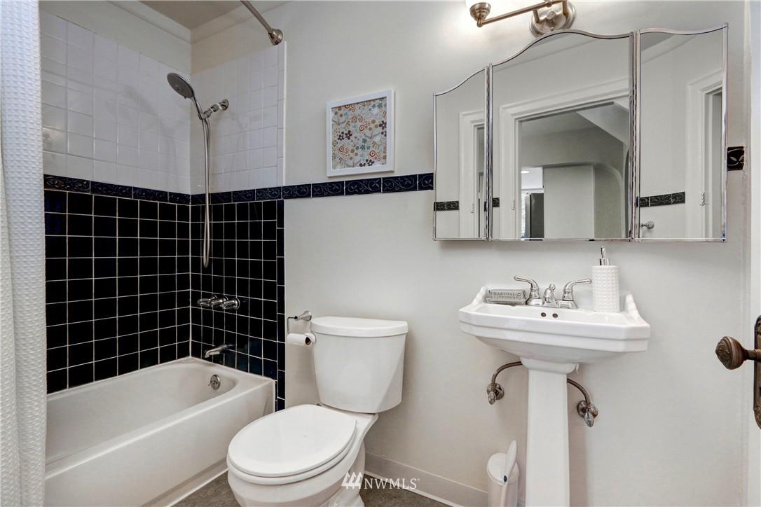 Sold Property   2203 NE 170th Street Shoreline, WA 98155 7