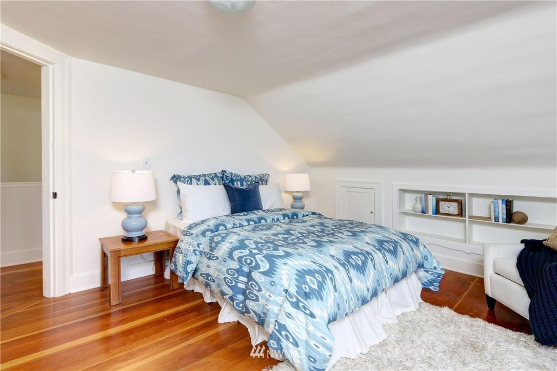 Sold Property   2203 NE 170th Street Shoreline, WA 98155 9