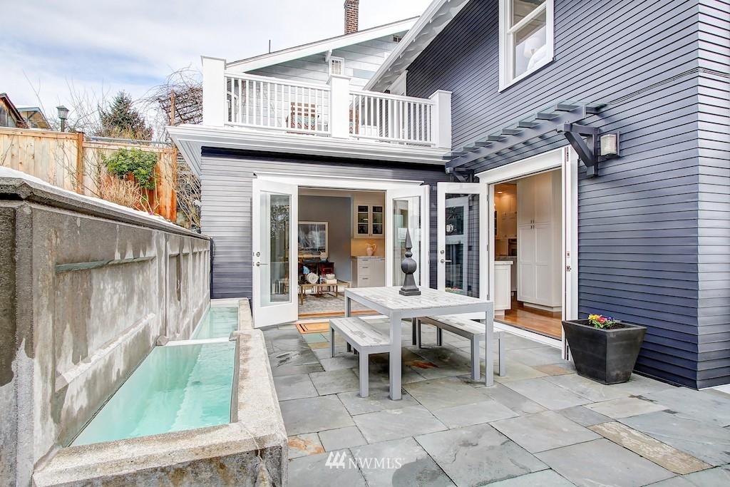 Sold Property   2037 32nd Avenue S Seattle, WA 98144 7