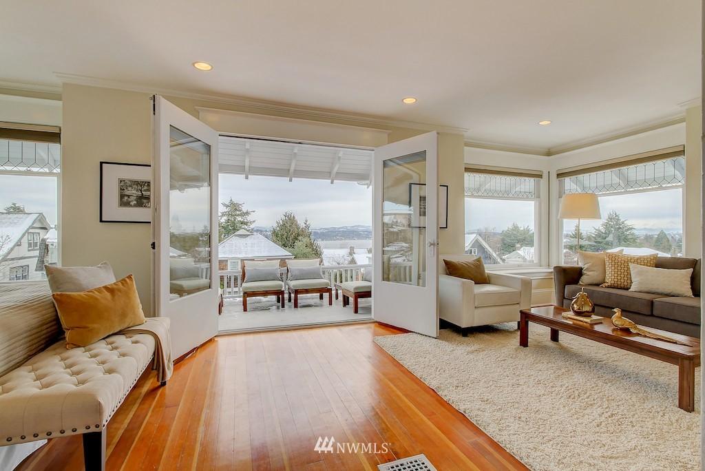Sold Property   2037 32nd Avenue S Seattle, WA 98144 11