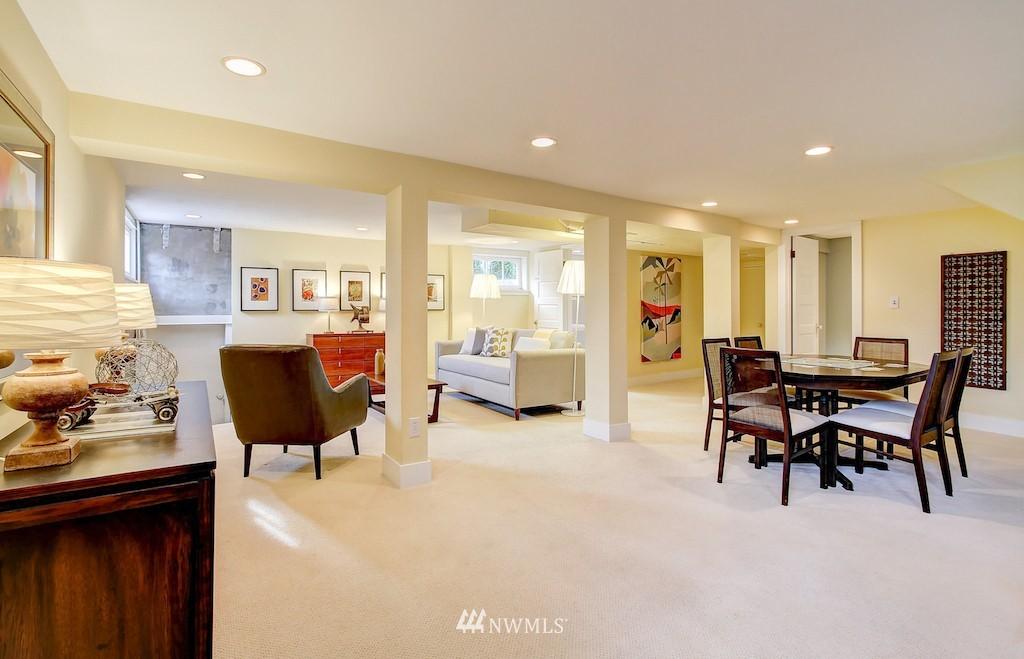 Sold Property   2037 32nd Avenue S Seattle, WA 98144 20