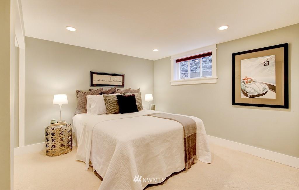 Sold Property   2037 32nd Avenue S Seattle, WA 98144 21