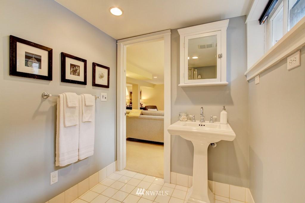 Sold Property   2037 32nd Avenue S Seattle, WA 98144 22
