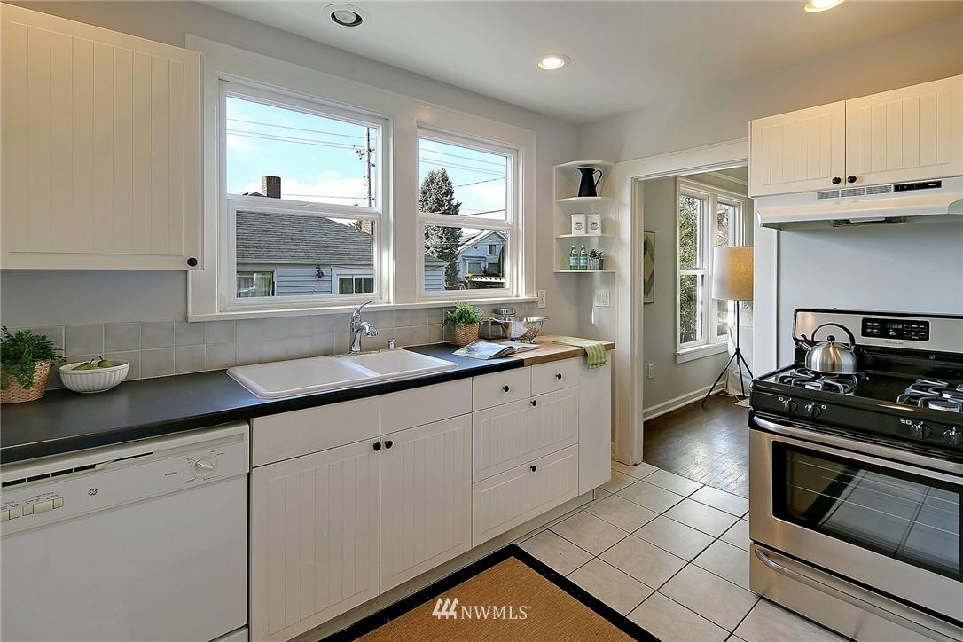 Sold Property | 851 NW 61st Street Seattle, WA 98107 3