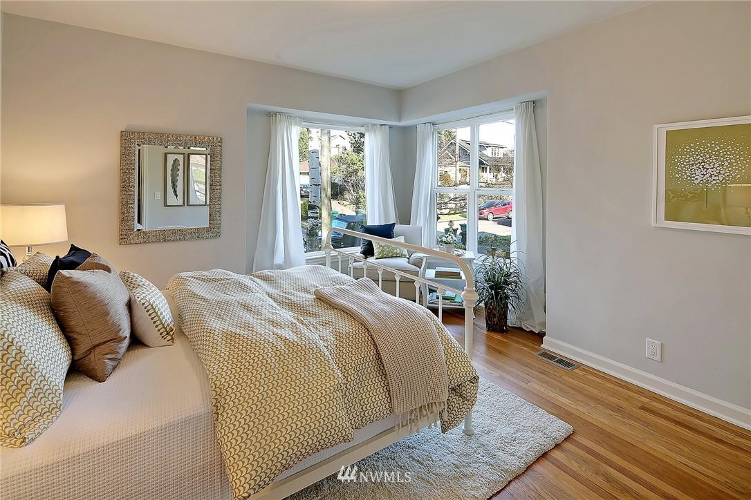 Sold Property | 851 NW 61st Street Seattle, WA 98107 5