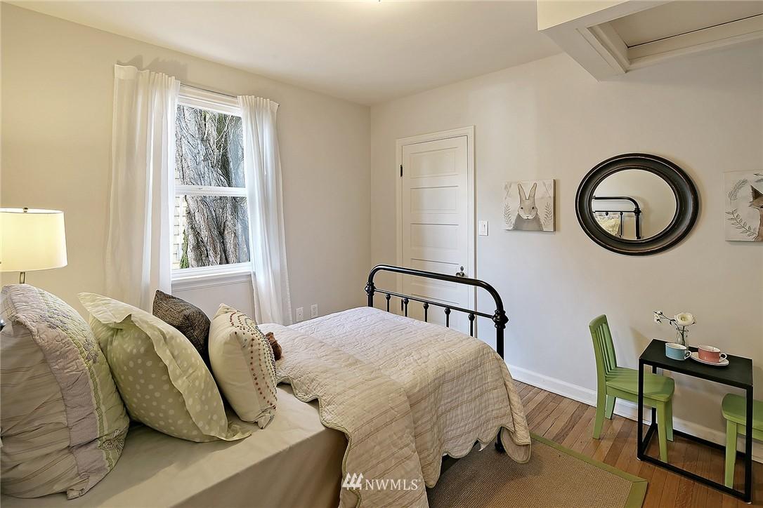 Sold Property | 851 NW 61st Street Seattle, WA 98107 6